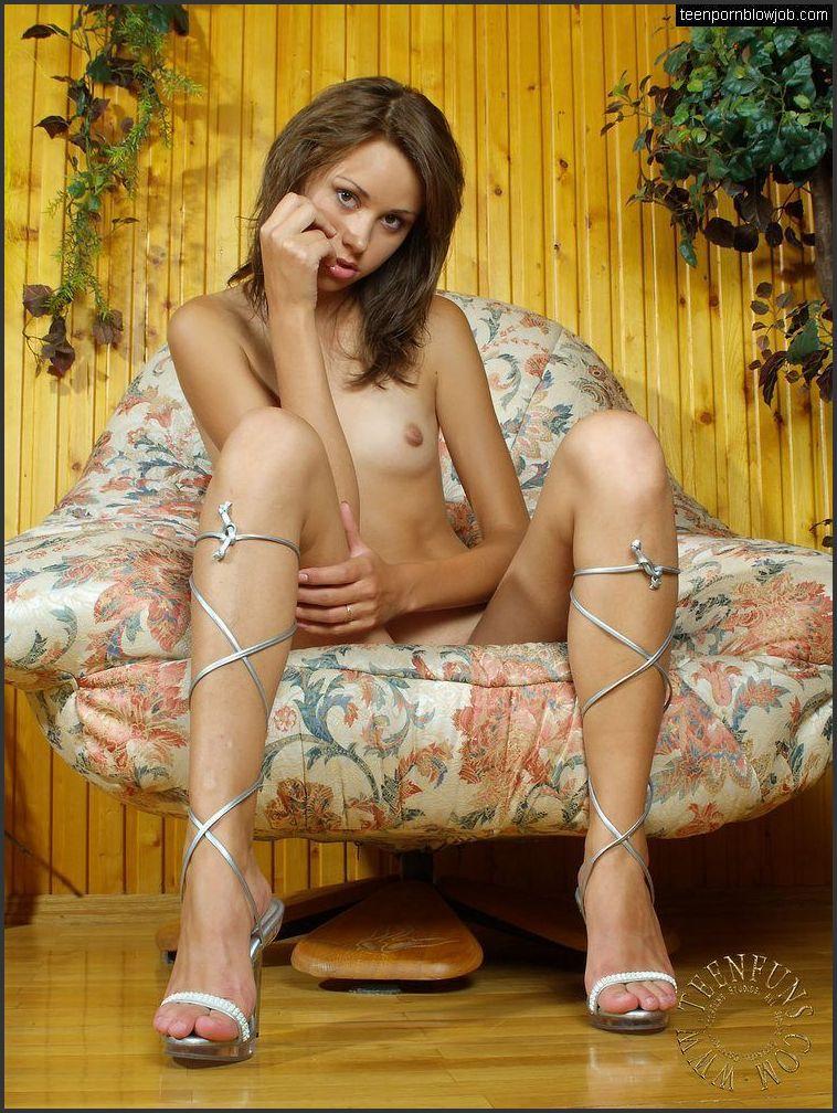 Dayanna naked